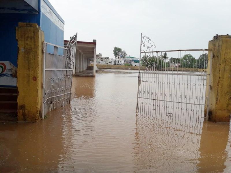 Chhattisgarh Weather : छत्तीसगढ़ के कई इलाकों में मूसलाधार बारिश, 20 जून तक आएगा मानसून