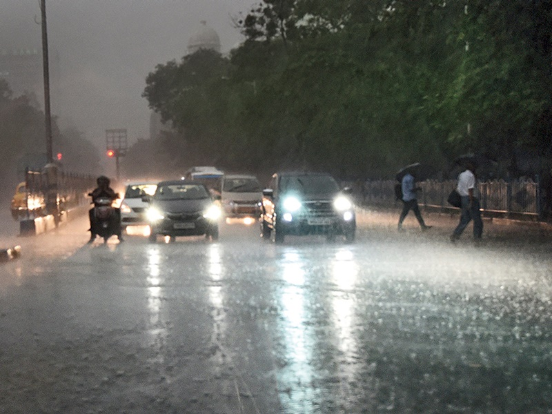 Weather Update : कई शहरों में भारी बारिश का अलर्ट, 25 जुलाई से यहां बिगड़ सकते हैं हालात