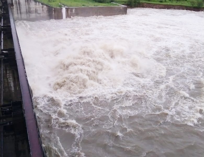 मप्र में बारिश से उफने नदी-नाले, इन 4 जिलों में शनिवार को बंद रहेंगे स्कूल