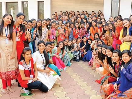 raipur girls school special 2018114 11508 14 01 2018