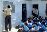 Rajasthan Education Department : बालिका विद्यालयों में कम उम्र के पुरुष शिक्षक हटाएगी सरकार