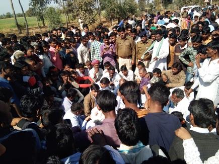 राजस्थान में सड़क हादसे में नौ लोगों की मौत पर भड़के लोग, हाईवे पर जाम