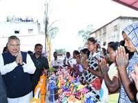 मुख्यमंत्री डॉ रमन सिंह ने सीतापुर में दी 455 करोड़ के विकास कार्यों की सौगात