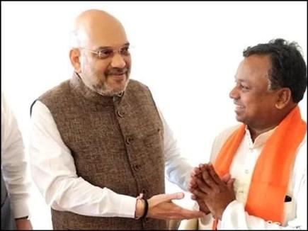 CG में कांग्रेस को झटका, कार्यकारी अध्यक्ष रामदयाल उइके भाजपा में शामिल