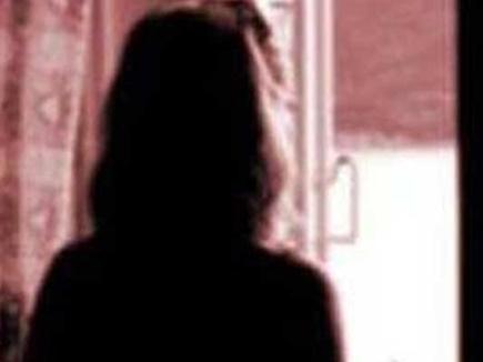 युवती को अगवा कर साढ़े तीन महीने तक दुष्कर्म