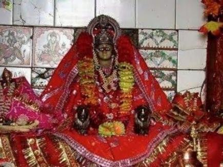 रतनगढ़ माता मंदिर पर लख्खी मेला शुरू, बड़ी संख्या में श्रद्धालु पहुंचे