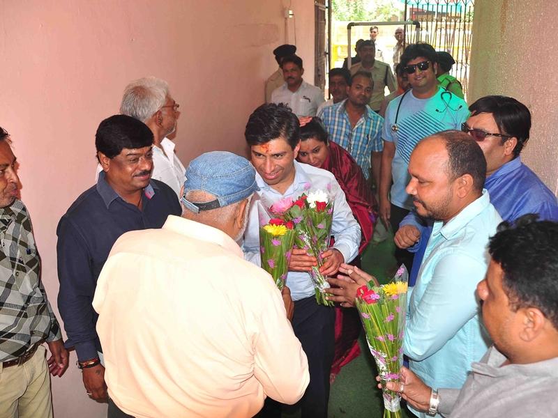 उज्जैन महाकाल मंदिर में मुख्यमंत्री कमलनाथ के भांजे को वीआईपी सुविधा पर बवाल