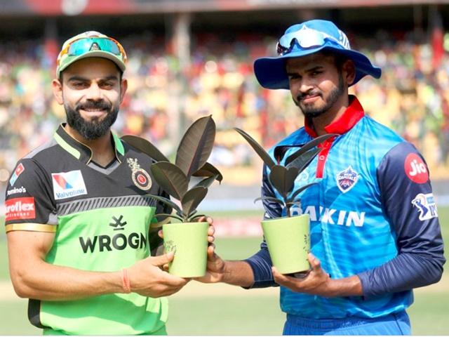 IPL 2019 RCB vs DC: इस कारण ग्रीन जर्सी पहनकर मैदान में उतरी RCB की टीम