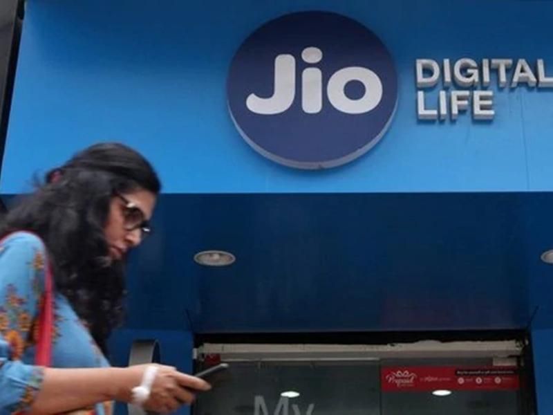 Reliance Jio Fiber plans tariffs, speed, offers: ब्रॉडबैंड सर्विस जियो फाइबर लांच, वो सबकुछ जो आप जानना चाहते हैं