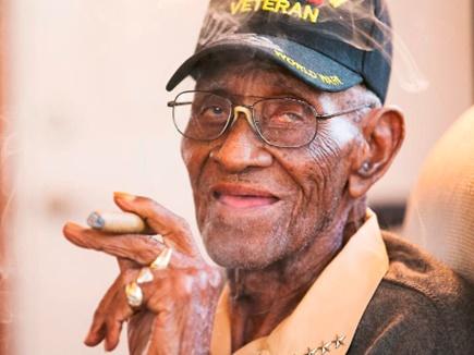 द्वितीय विश्वयुद्ध के बुजुर्ग अमेरिकी योद्धा का 112 साल की उम्र में निधन