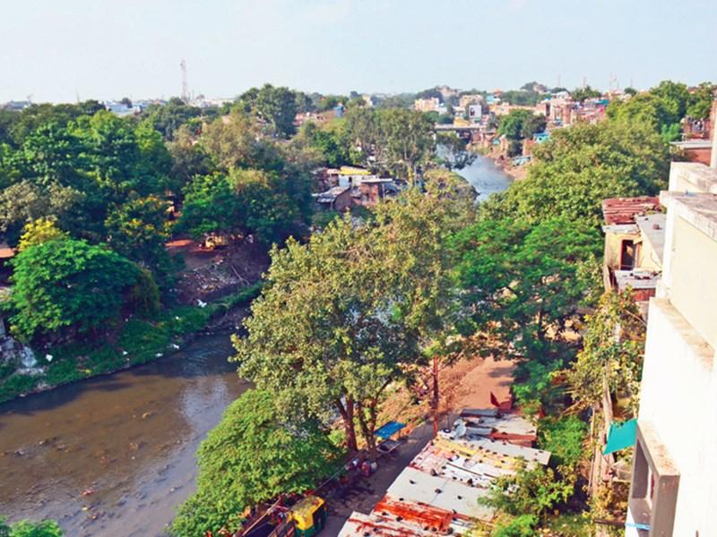 River Side Road Indore : इंदौर में पूरी तरह जमीन पर ही बनेगा नया रिवर साइड रोड
