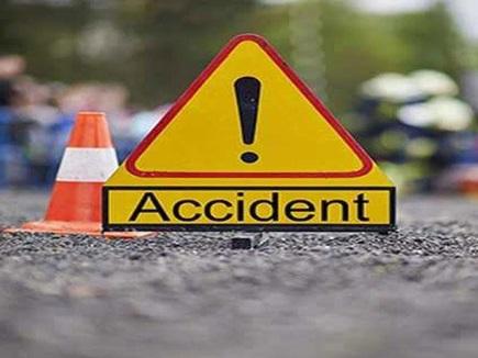 Raipur : सड़क हादसे में दो बाइक पर सवार सात युवकों की मौत