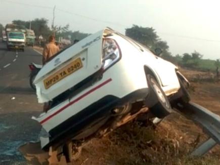 Narsinghpur Accident: कार-ट्रक की हुई टक्कर, हादसे में बैंक मैनेजर की मौत
