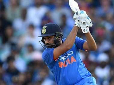 India vs Australia ODI Live: रोहित का शतक काम न आया, भारत पहला वनडे हारा