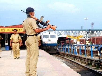 10वीं पास के लिए रेलवे में 19 हजार से ज्यादा वैकेंसी, सैलरी 20 हजार