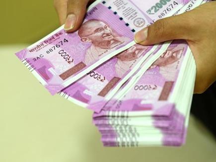 रायपुर में व्यापारी से एक करोड़ 10 लाख रुपये जब्त
