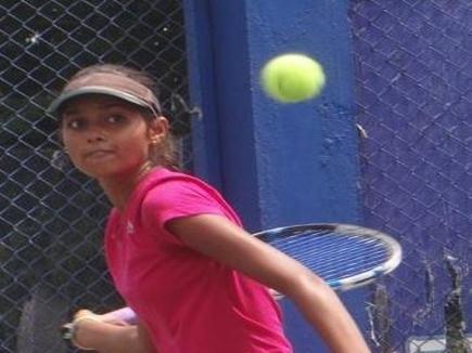 छत्तीसगढ़ की साक्षी मिश्रा अभा टेनिस स्पर्धा के दो वर्गों के फाइनल में पहुंची