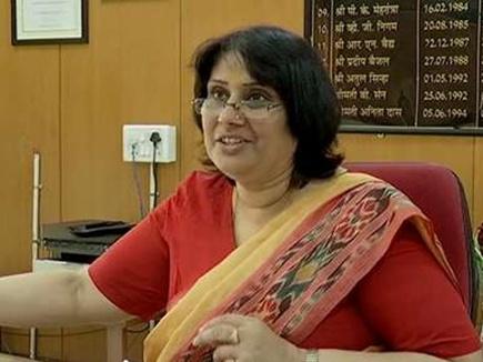 सलीना सिंह को कुटीर-ग्रामोद्योग विभाग की अपर मुख्य सचिव बनाया