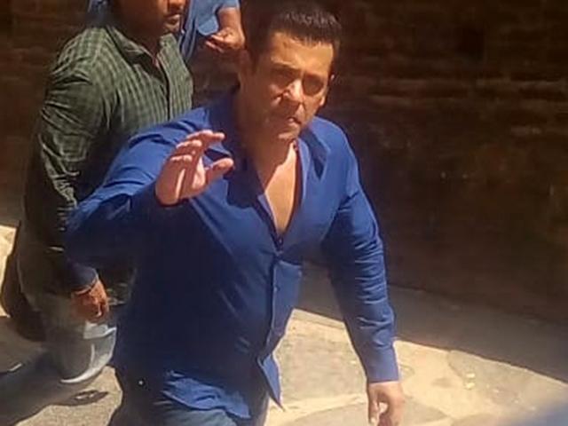 Dabangg 3 Movie : महेश्वर में शूटिंग के बाद बोले सलमान खान : मैं खुद बड़ा शिवभक्त हूं