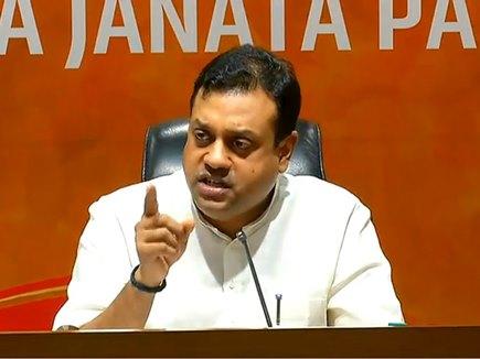 थरूर के बयान पर भाजपा हमलावर, कहा- कांग्रेस ने लोकतंत्र और हिंदुओं पर किया प्रहार