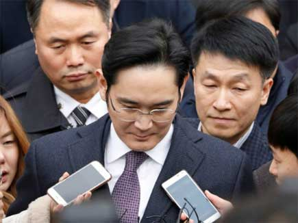 samsung chief arrested 17 02 2017