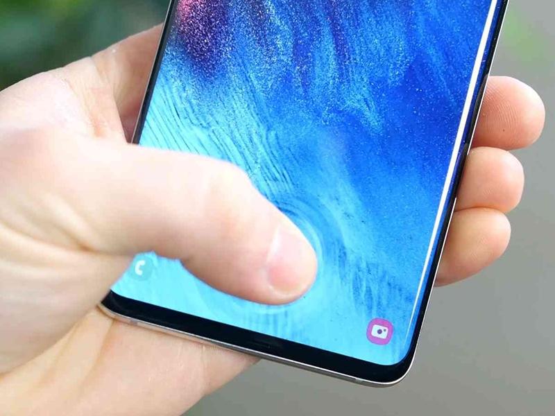 Samsung Galaxy S10 के फिंगरप्रिंट लॉकिंग सिस्टम में खामी, कर सकता है कोई भी अनलॉक