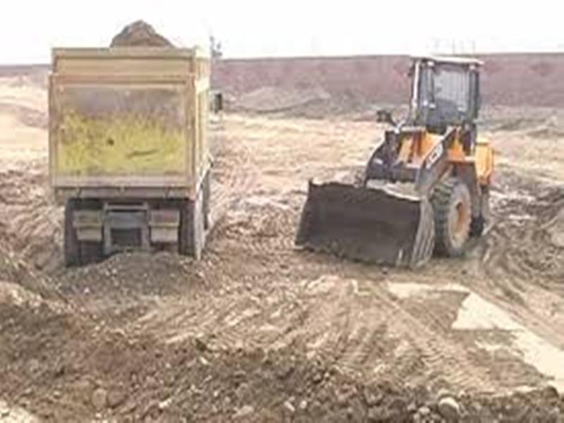मुरैना जिले में रेत के अवैध खनन में लगे 11 वाहन जब्त, 700 ट्रॉली स्टॉक मिला