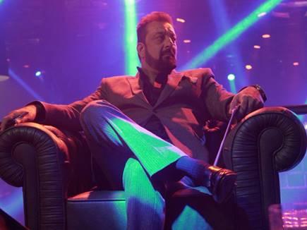 'साहेब बीवी' की फिल्म में एेसा होगा 'गैंगस्टर' संजय दत्त, रिलीज डेट भी तय