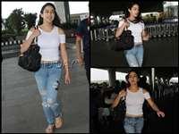 ट्रांसपेरेंट टॉप में एयरपोर्ट पर नजर आई सारा अली खान