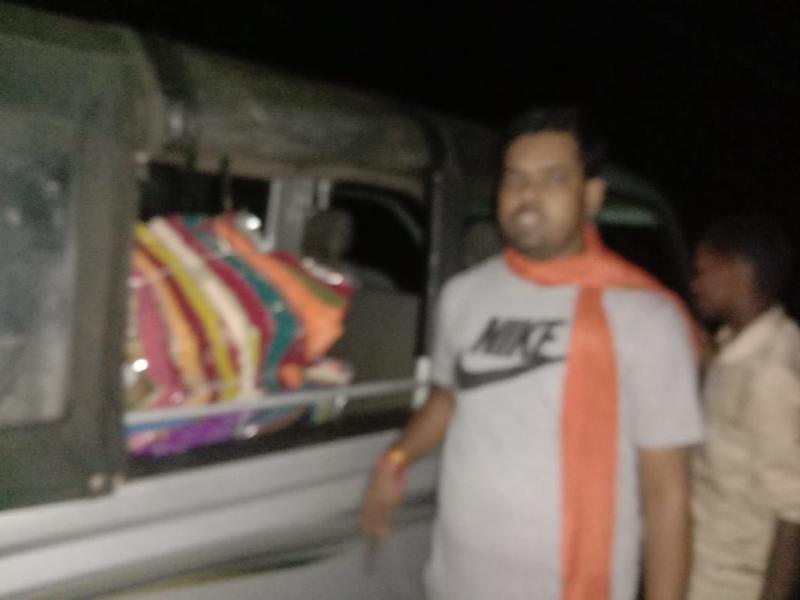 दंतेवाड़ा में वाहन से पकड़ाया साड़ी का बंडल, भाजपा ने लगाया कांग्रेस पर आरोप