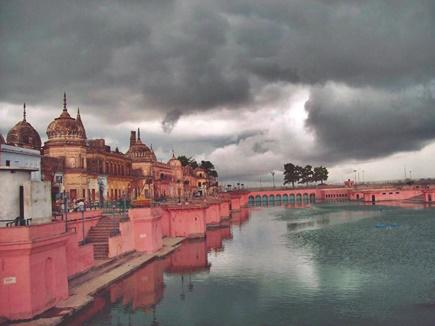 श्रीहरि के आंसू से हुआ था इस पवित्र नदी का उद्गम