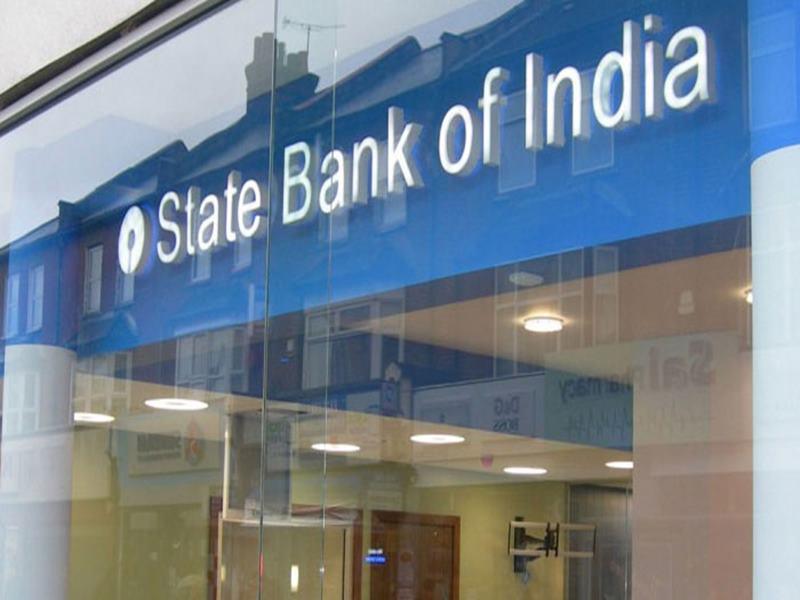 SBI ने अपने कस्टमर को किया Alert, कहा- ऐसे करें असली और नकली अकाउंट की पहचान