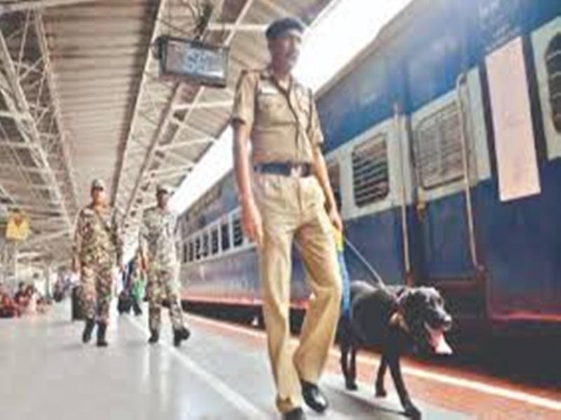 Indian Railway Property: रेलवे अपनी संपत्ति की सुरक्षा के लिए पूर्व सैन्यकर्मियों को करेगा तैनात