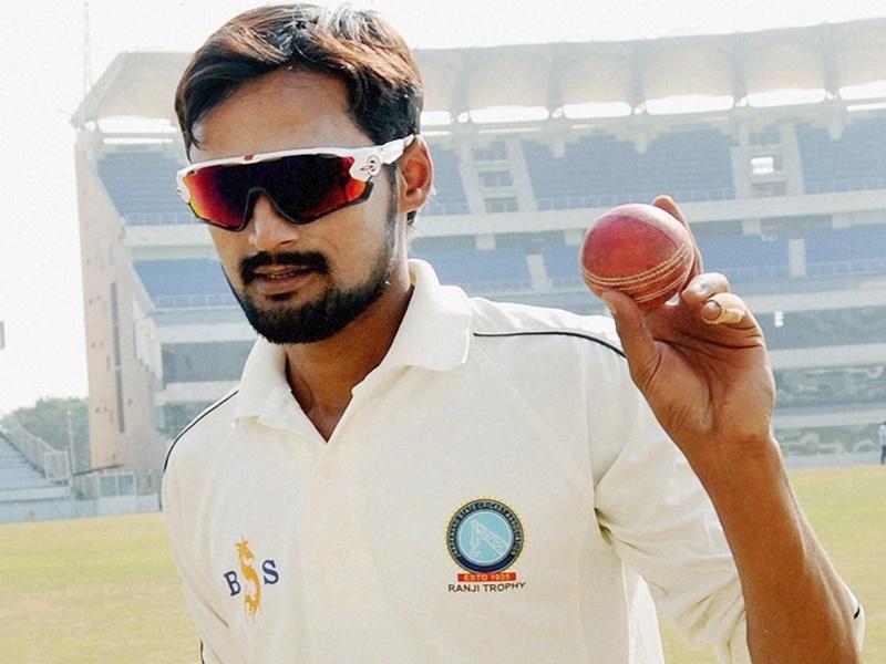 Ind vs SA 3rd test : कुलदीप यादव चोटिल, शाहबाज नदीम टीम में
