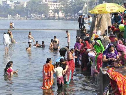 Makar Sankranti: उज्जैन में नर्मदा नदी के जल में ही होगा मकर संक्रांति का स्नान