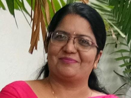 हिंदी दिवस पर विशेष : श्रीलंका में 4 साल में 5 हजार लोगों को सिखाई हिंदी
