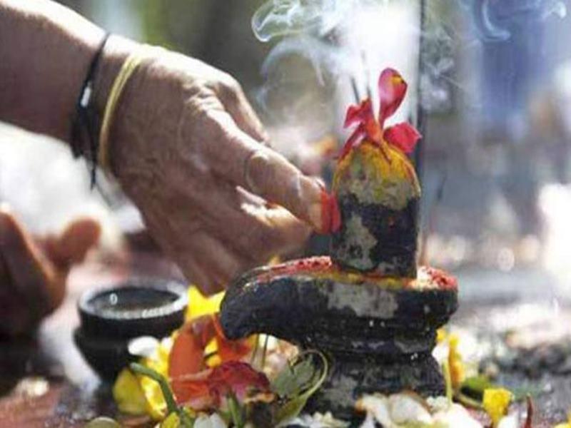 राशि के अनुसार मंगलवार को करें भोलेनाथ का अभिषेक, भक्तों को मिलेगा मनचाहा वर