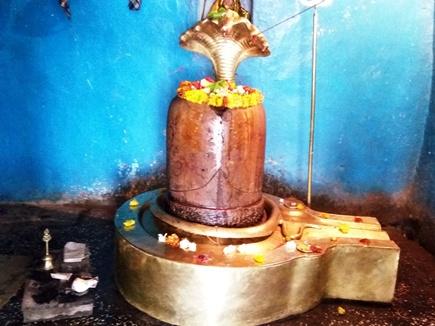 पांडवों ने एक ही पत्थर से बनाया था पंचदेहरिया मंदिर और शिवलिंग