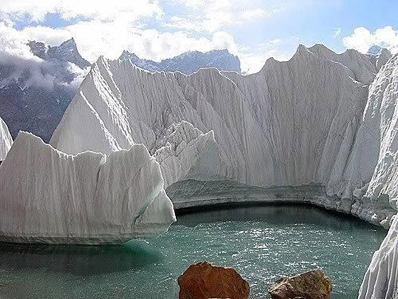 Tourism on Siachen: दुनिया का सबसे दुर्गम रणक्षेत्र सियाचिन पर्यटकों के लिए खोला गया