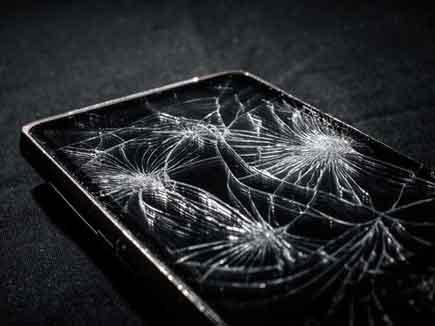 अब आपके स्मार्टफोन की टूटी स्क्रीन खुद हो जाएगी ठीक!