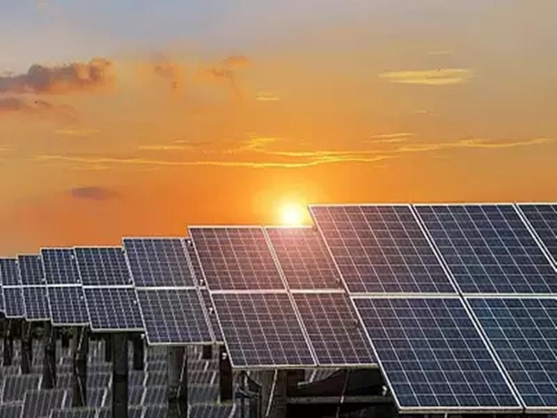 Solar Energy in Delhi School: दिल्ली के सरकारी स्कूल सौर ऊर्जा से होंगे रोशन