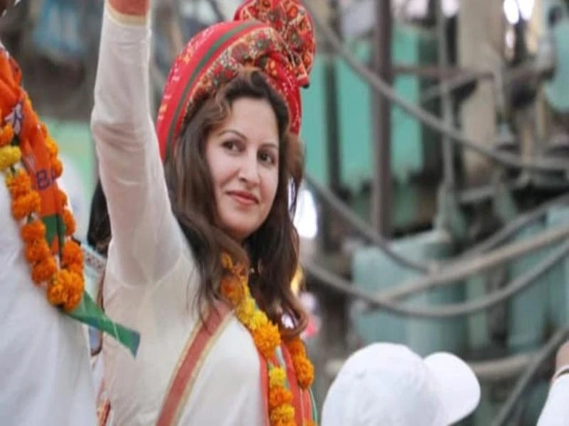 TikTok Star Sonali Phogat ने मांगी माफी, 'भारत माता की जय' नहीं बोलने पर कही थी ये बात