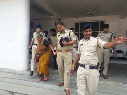 जबलपुर: वृद्धा को इंसाफ दिलाने के लिए एसपी गए घर की दहलीज तक