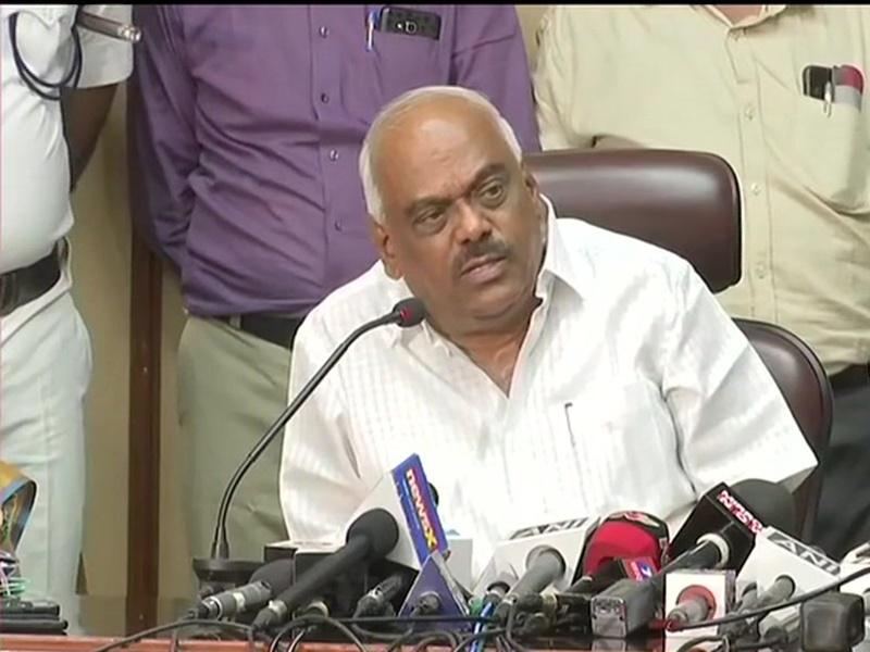 Image result for कर्नाटक : SC के आदेश पर 10 बागी विधायकों ने स्पीकर को सौंपे इस्तीफे