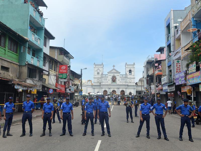 श्रीलंका ने 41 संदिग्ध आतंकियों के बैंक खाते किए सीज, 23 जून तक बढ़ाई इमरजेंसी