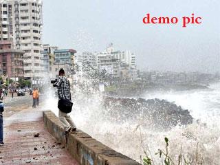 ओडिशा में तूफान हुदहुद का खतरा