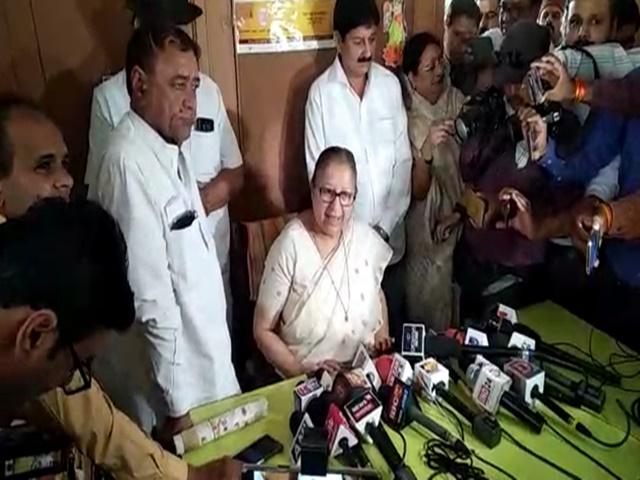 Sumitra Mahajan ने लोकसभा चुनाव न लड़ने के फैसले के बाद पार्टी के लिए बोली ये बात