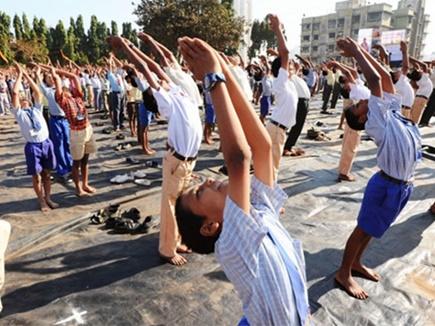 सूर्य नमस्कार पर राजस्थान सरकार ने हटा ली अनिवार्यता