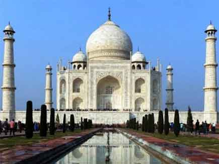 ताज में भी खामियां, गुंबद एक जैसे नहीं