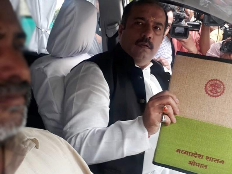 Madhya Pradesh Budget 2019 : जनता पर कोई नया कर नहीं, MP के जायकों की होगी ब्रांडिंग
